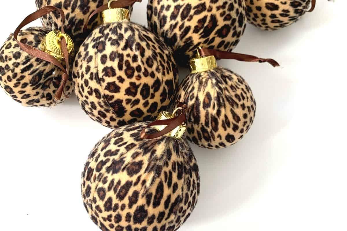 best leopard Christmas ornaments