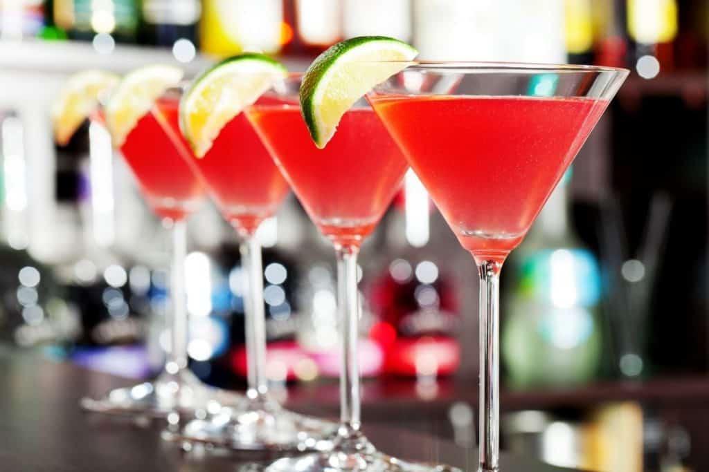 best cocktail recipes cosmopolitan