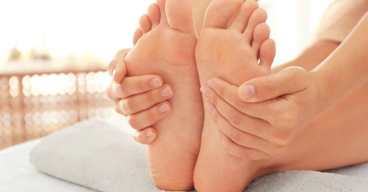 foot massage birthday gift for girlfriend