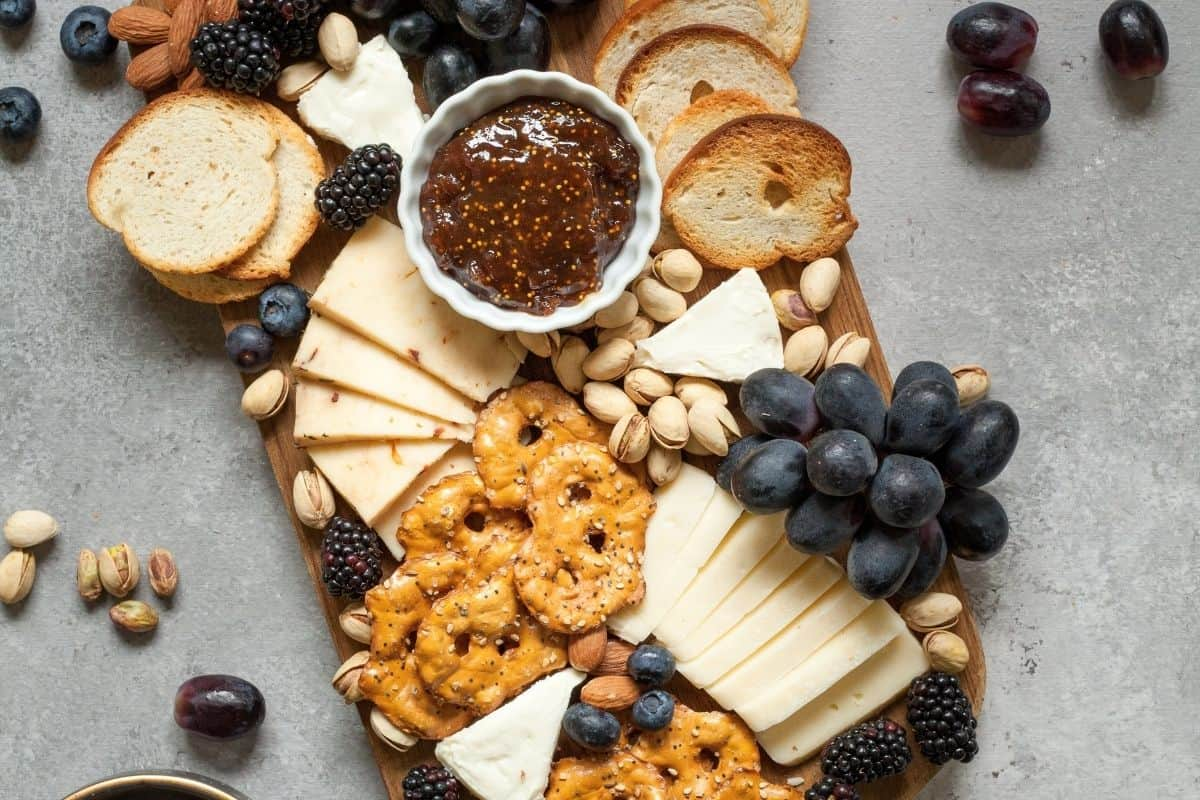 crackers and cheese platter