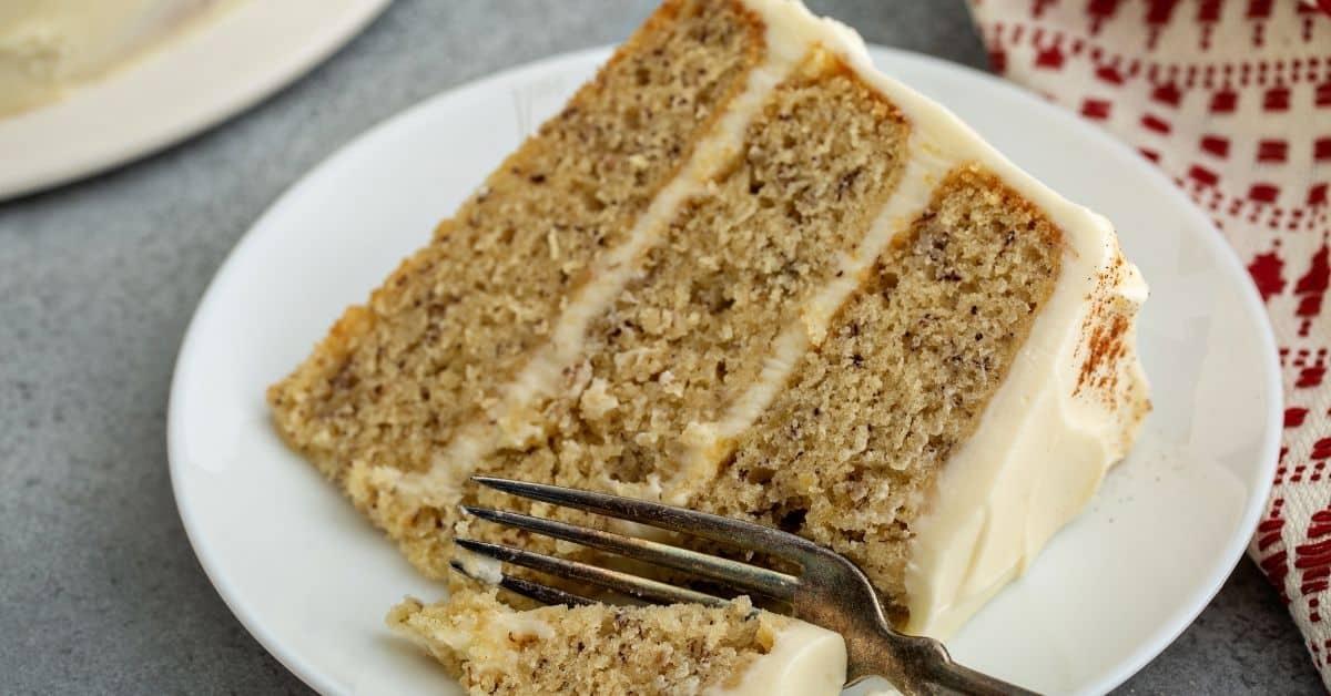 easy banana cream layer cake