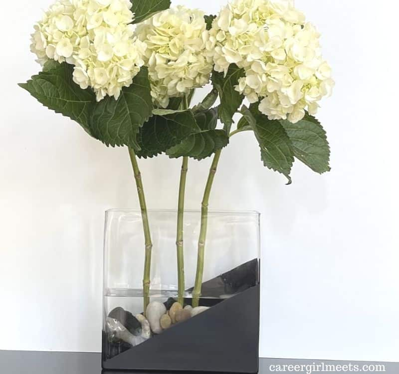what kind of paint do you use on glass vases