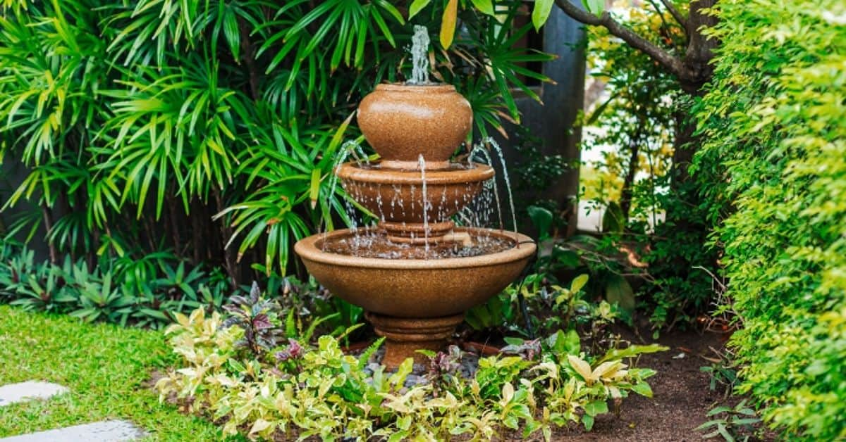 water fountain features